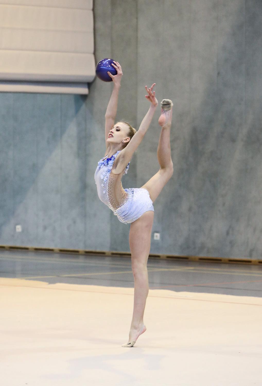 2018-02_Rhytmische-Sportgymnastik-TSV-1846_Emma-Heim3